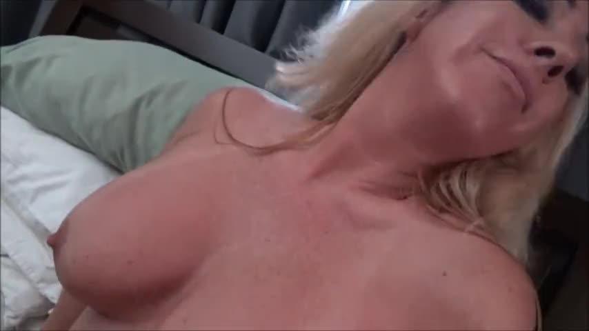 Mom Sucks Off Son Swallows