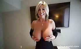 Cum Swalling MILF Next Door Drilled